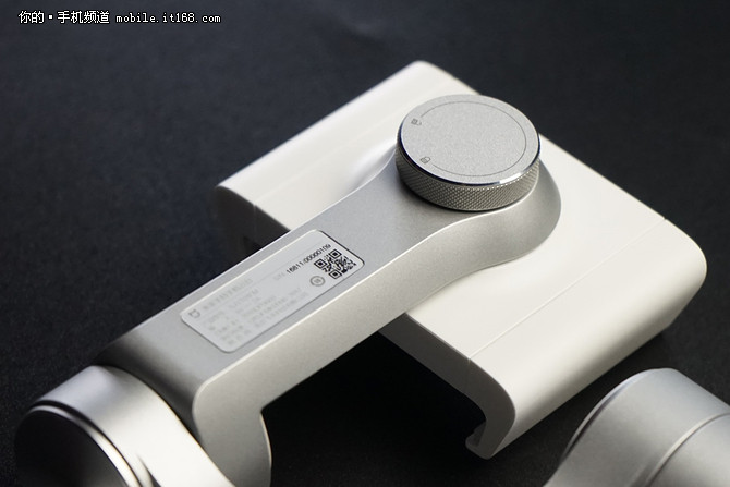 米家手持手机云台体验 599元的贴心摄影助手