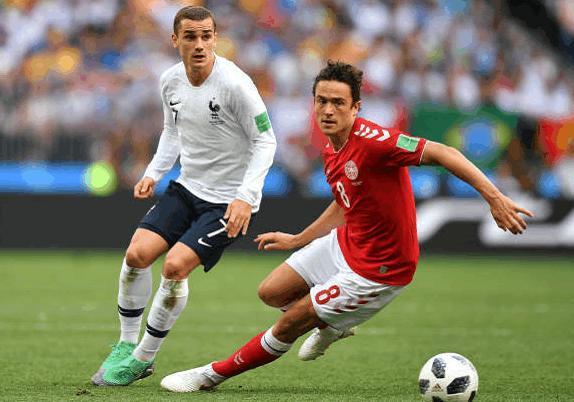 这不是假球但全场近八万球迷嘘声不断,法国队和丹麦闷成0:0