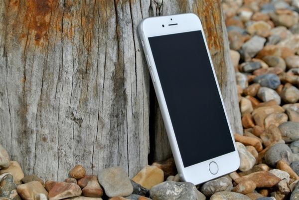 满足国内市场 苹果今年或将推出双卡iPhone