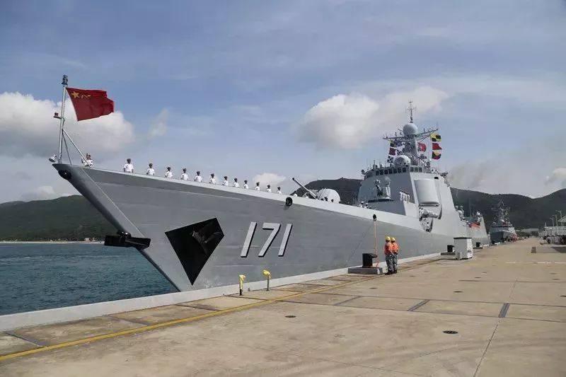 这国抱怨解放军侦察船监视 国防部霸气回怼:高估了自己