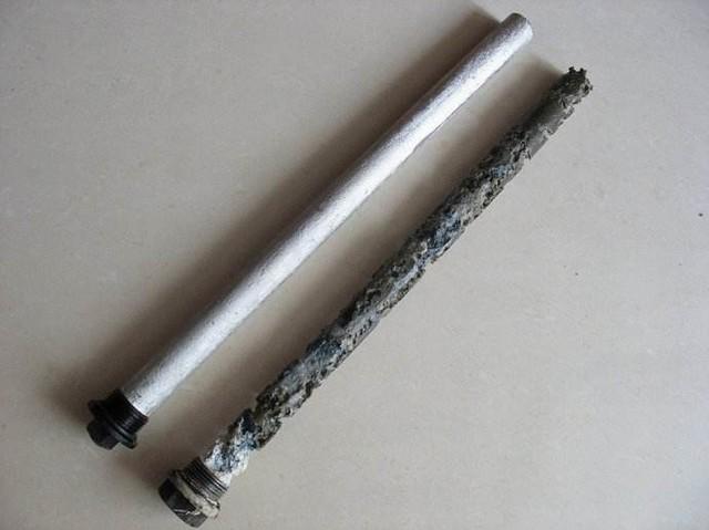 电热水器之所以能够保证我们在使用过程中不会触电,是因为在内部进行