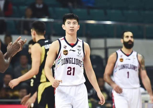 四名中国球员征战夏季联赛 郭艾伦主动放弃令人惋惜