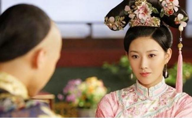 她是清朝三大宠妃之一,成清朝第一位皇贵妃,顺治为她出家!_顺治-清朝-皇后-妃子-孝庄