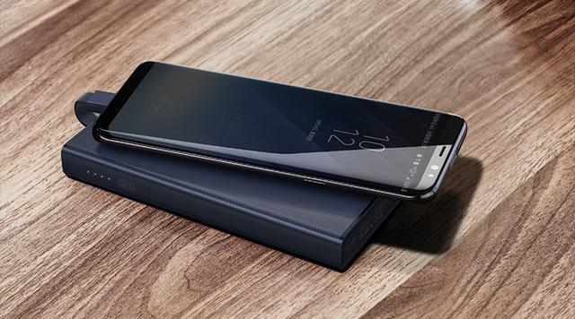 手机长期不贴膜,用久了屏幕到底会变成什么样?