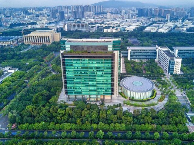 东莞基地美若城堡,华为表示总部不会搬出深圳