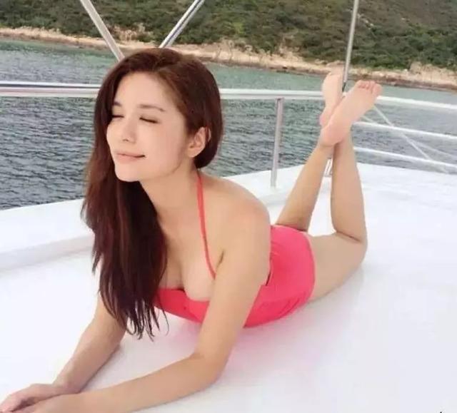 她落选港姐离巢TVB后大变身 大尺度演情欲戏