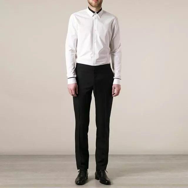 白衬衣配什么裤子女_白色衬衫 西装裤子 黑色皮鞋,这款搭配没有带上皮带,而裤子显得非常