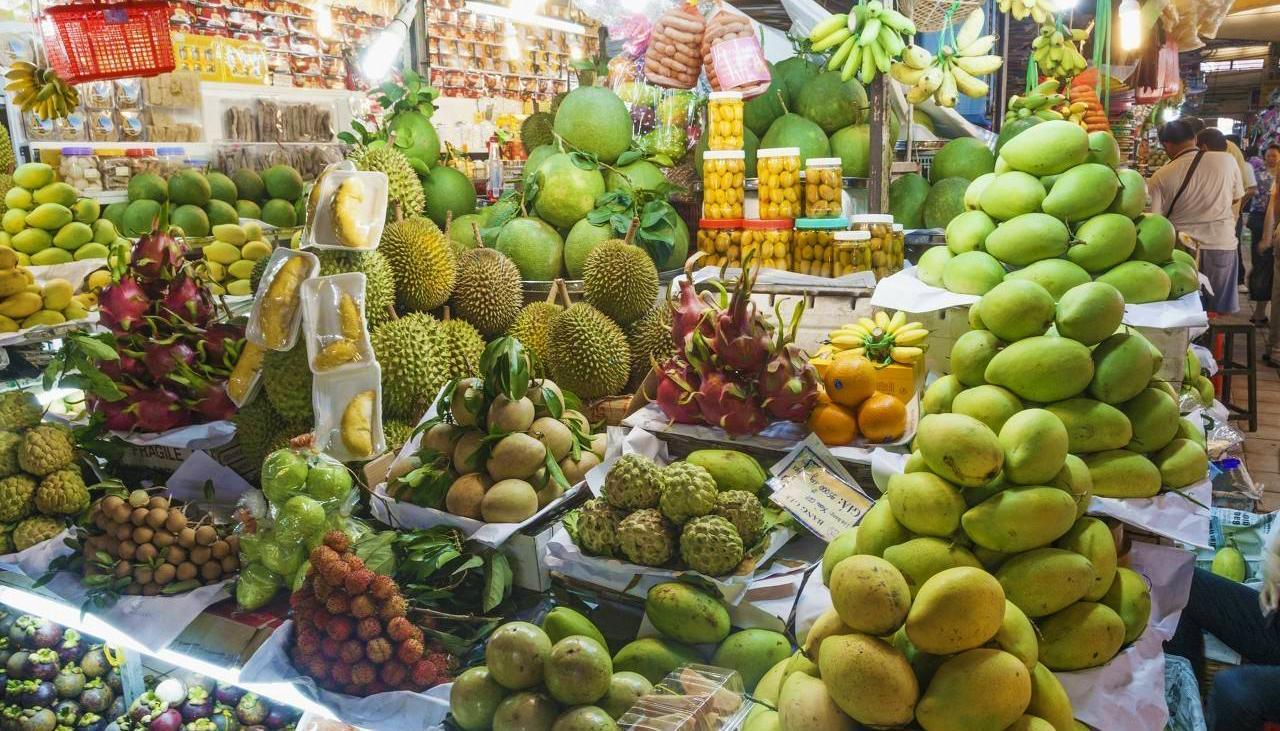 越南水果泛滥卖不出去,求中国帮助加大进口!中