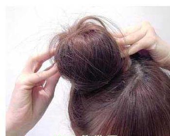 简单可爱的儿童盘发发型扎法步骤!