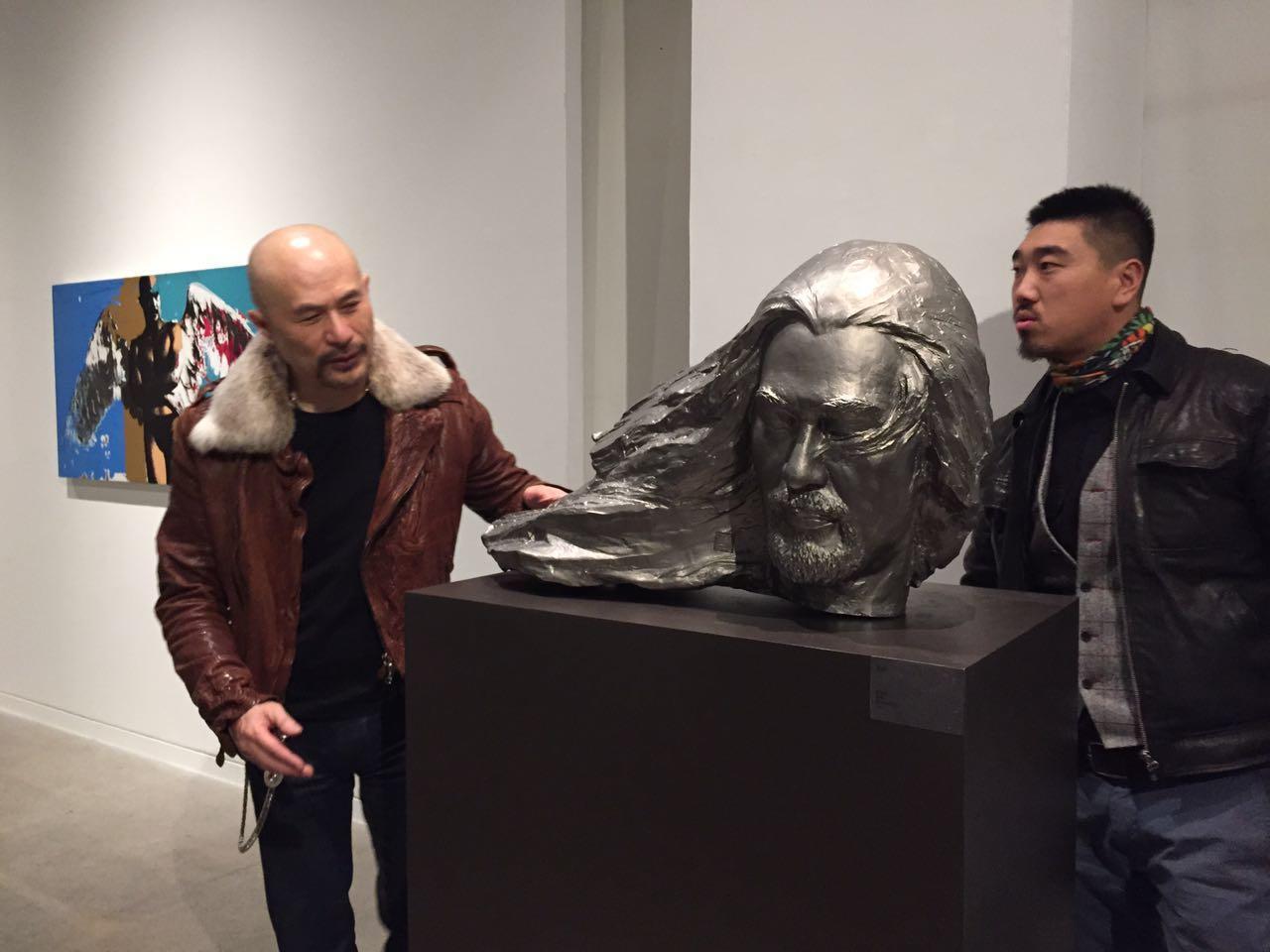 徐锦江曾是三级片演员也是美术大师 连盖房子都拿手