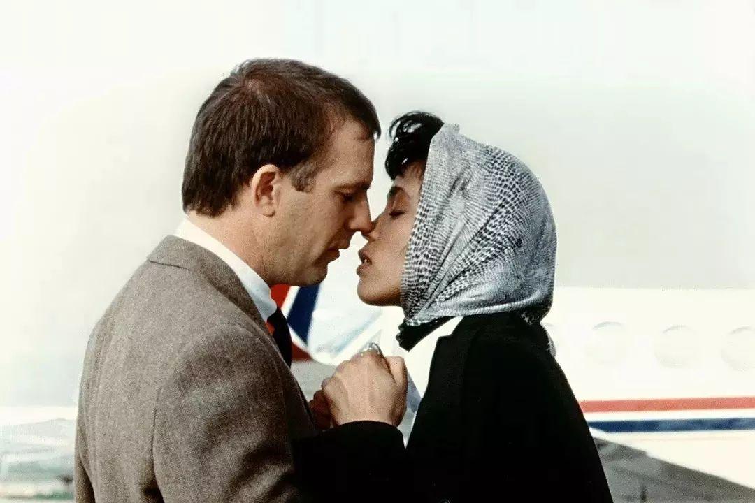 大事件 热点 你的一生会经历多少种吻