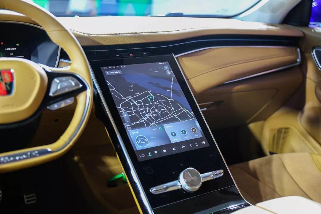 """4秒破百,纯电续航500公里,这辆全新""""超跑SUV""""厉害了!"""