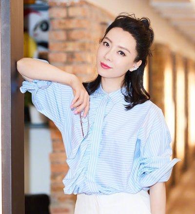 2018夏季职场女士扎发发型!