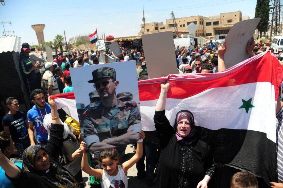 叙利亚决战坦克被毁少将阵亡,死磕美军叙军3次伏击美国军援车队