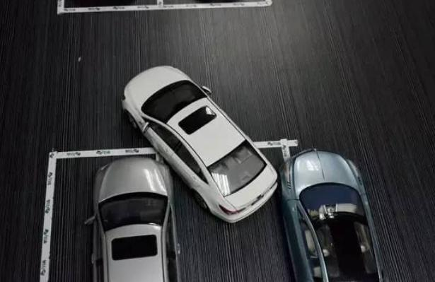 拿到驾照就以为自己车技了得?遇到这四种情况不会慌再来说