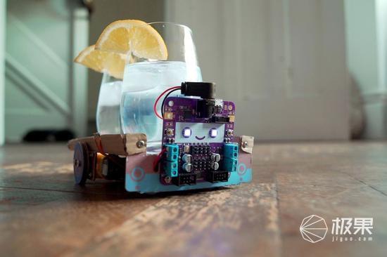 TheCraftyRobot机器人玩具