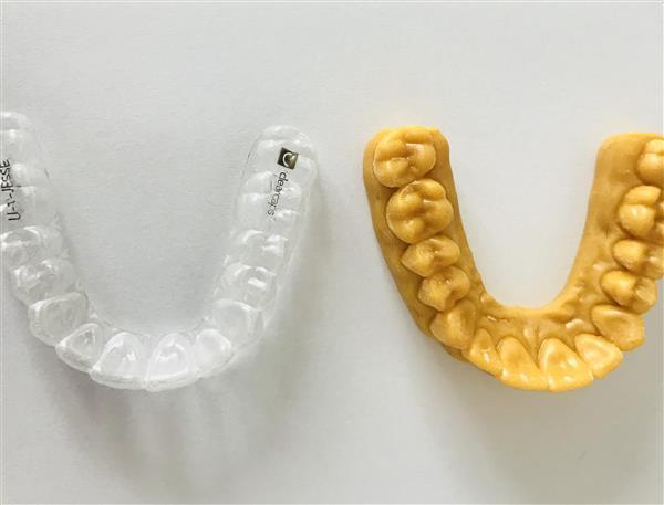 3D打印机24小时可生产250个牙科矫正器