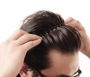 男生这4种发型超显老,颜值不高轻易不要试!特