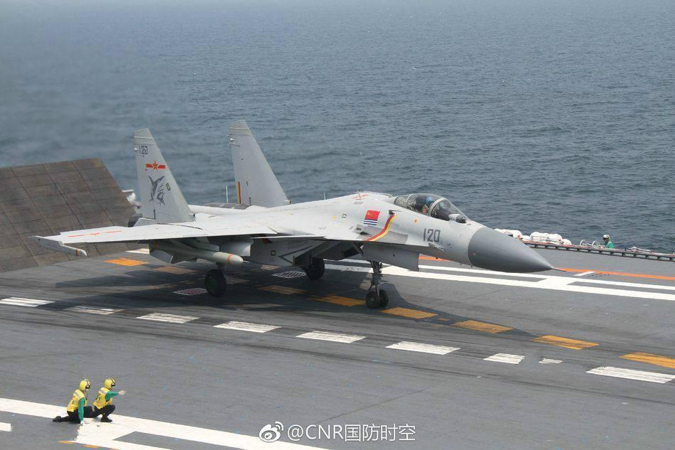 歼31能在辽宁舰上滑跃起飞?数据显示这项指标太差