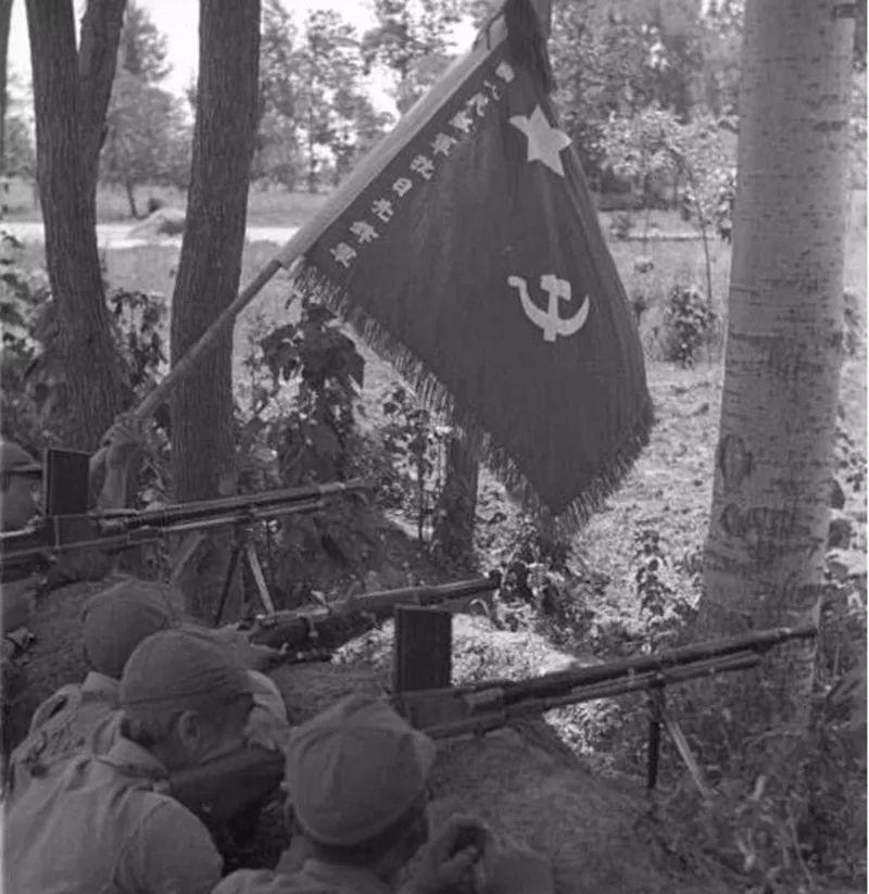 日军每人一把汤姆逊?这其实是红军的一支特殊精锐部队!|轻武专栏
