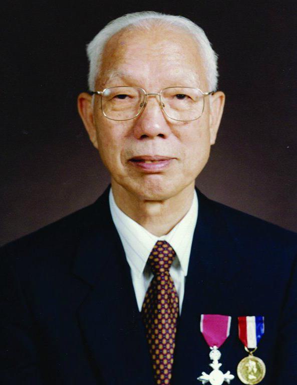 香港大亨田家炳去世:36年在大陆捐建303所学校,一件西服穿40年