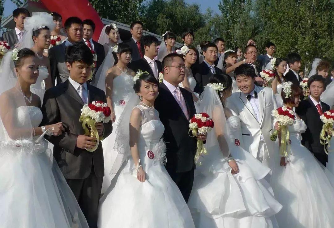 舆论炸了!北京男生只能找北京女生结婚?评论