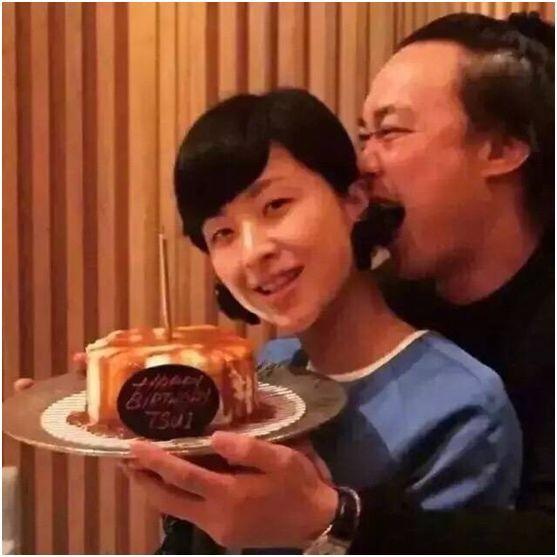 徐濠萦被指衣品烂又败家,陈奕迅毫不介意:她能花我能赚!