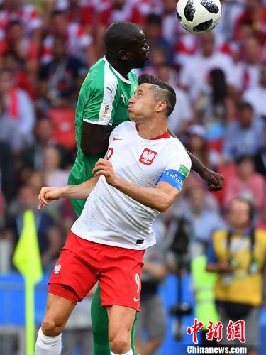 在世界杯预选赛中表现神勇的莱万,却迷失在俄罗斯。<a target='_blank' href='http://www.chinanews.com/'>中新社</a>记者 毛建军 摄