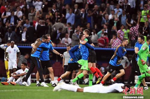 """3场淘汰赛踢了6小时,""""大心脏""""撑起克罗地亚"""