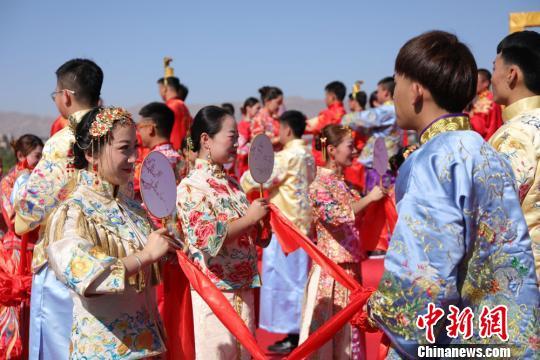 图为婚礼现场。 马龙国 摄
