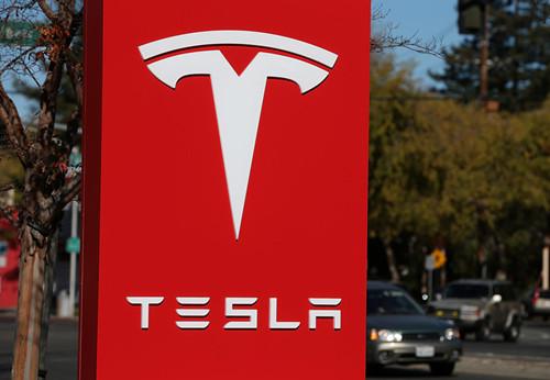 Tesla_500