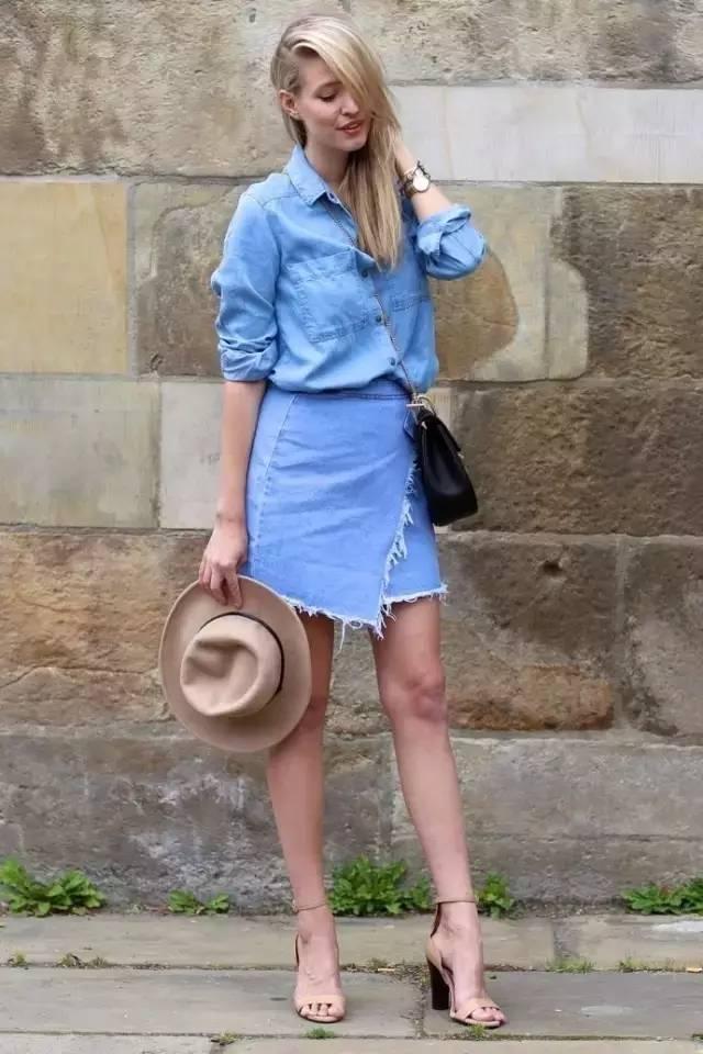 牛仔半裙这么穿 夏天时髦指数max!