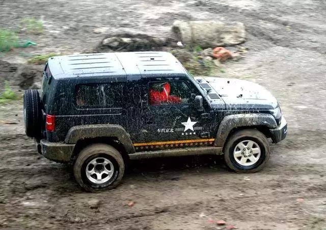 这些硬派SUV才是男子汉的最爱,4万起越野性能杠杠的