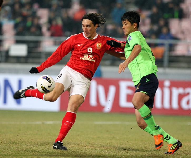 恒大第一代神锋回归中国 最快下赛季反戈旧主