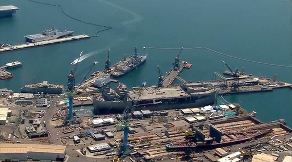 美国造船厂坞门突然崩塌 军舰未完工就被泡坏了