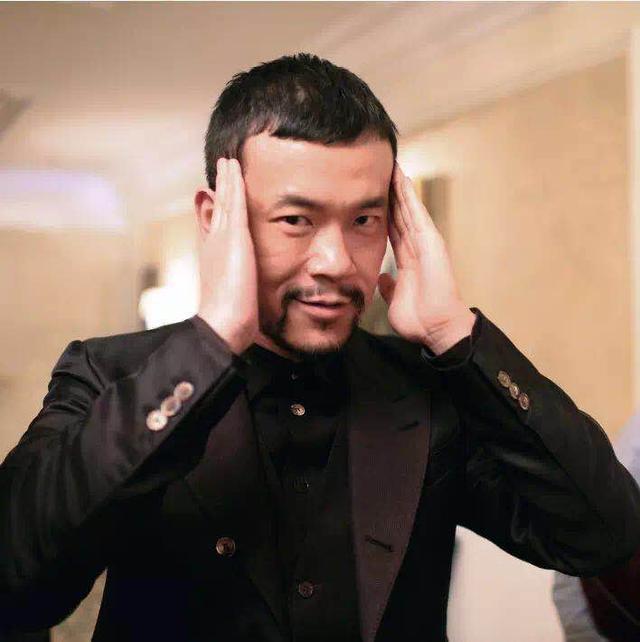让廖凡参演《邪不压正》,姜文只用了两句话