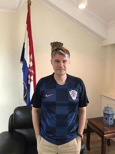 克罗地亚大使:为什么我们人口这么少,足球却这么强?
