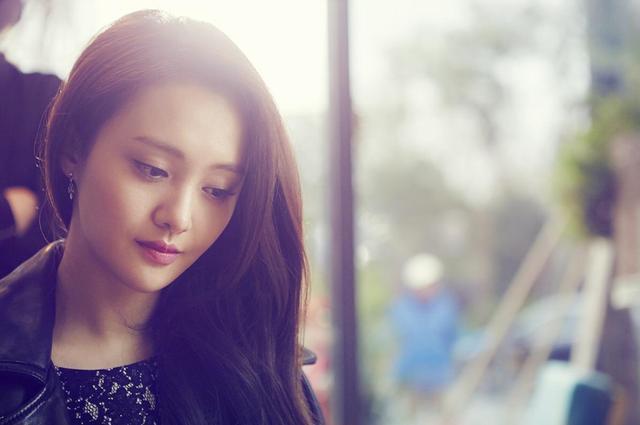 娱乐圈的流量小仙女郑爽,她到底什么地方比较奇怪?