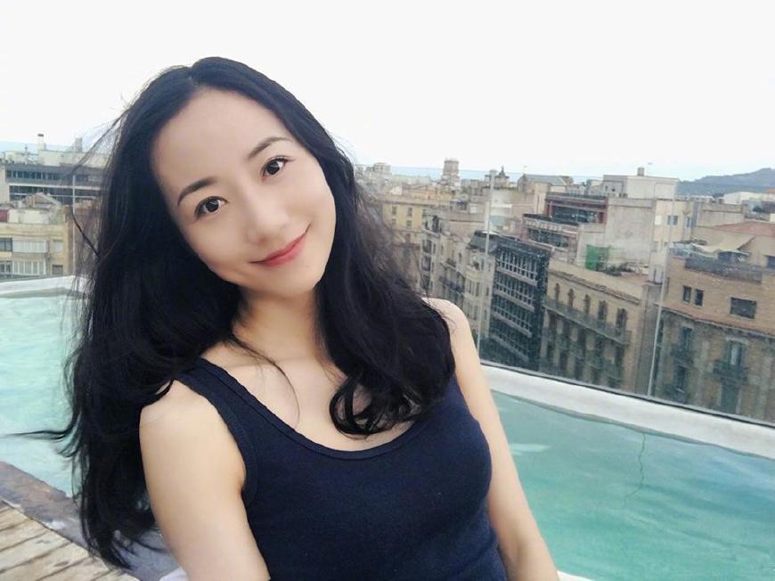 贾玲捧起来的喜剧颜值担当 和杨幂、袁姗姗竟是同学