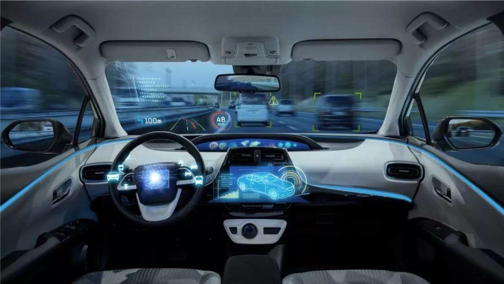 《投资时报》研究员 刘晶 随着信息通信、互联网、人工智能等新技术被广泛应用,汽车正由一款人工操控冷冰冰的机械产品,加速向智能化系统控制充满趣味性的智能产品转变。而智能汽车,正成为中国在汽车工业实现弯道超车的重点领域之一。 不过要想实现自动化、智能化驾驶,还需借助传感设备、控制设备和车联网设备等汽车电子设备。近日,向证监会提交招股说明书的铁将军汽车电子股份有限公司(下称铁将军)就是一家以研发、生产和销售汽车、摩托车电子设备为主营业务的高新技术企业。 招股书显示,该公司此次拟于深交所公开发行股票2667