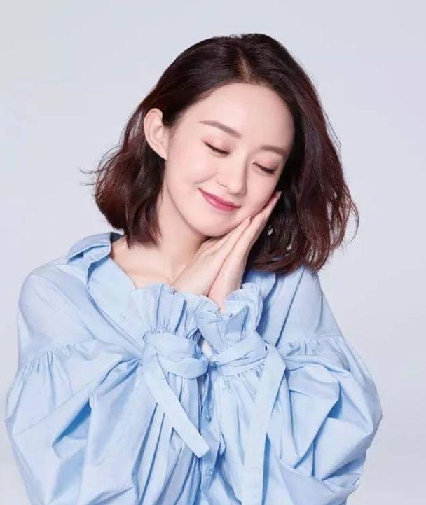 休息数月后,赵丽颖开工拍广告,皮肤变嫩元气十足!