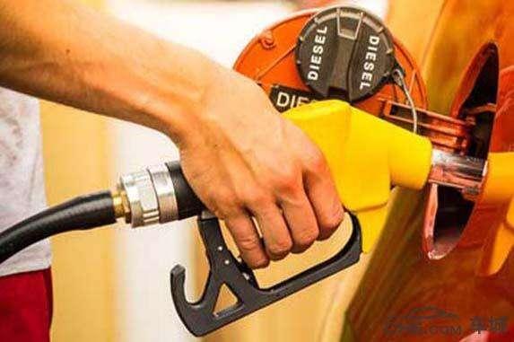 油价调整消息:下周一 加油站汽油、柴油价格能否满足下调条件?