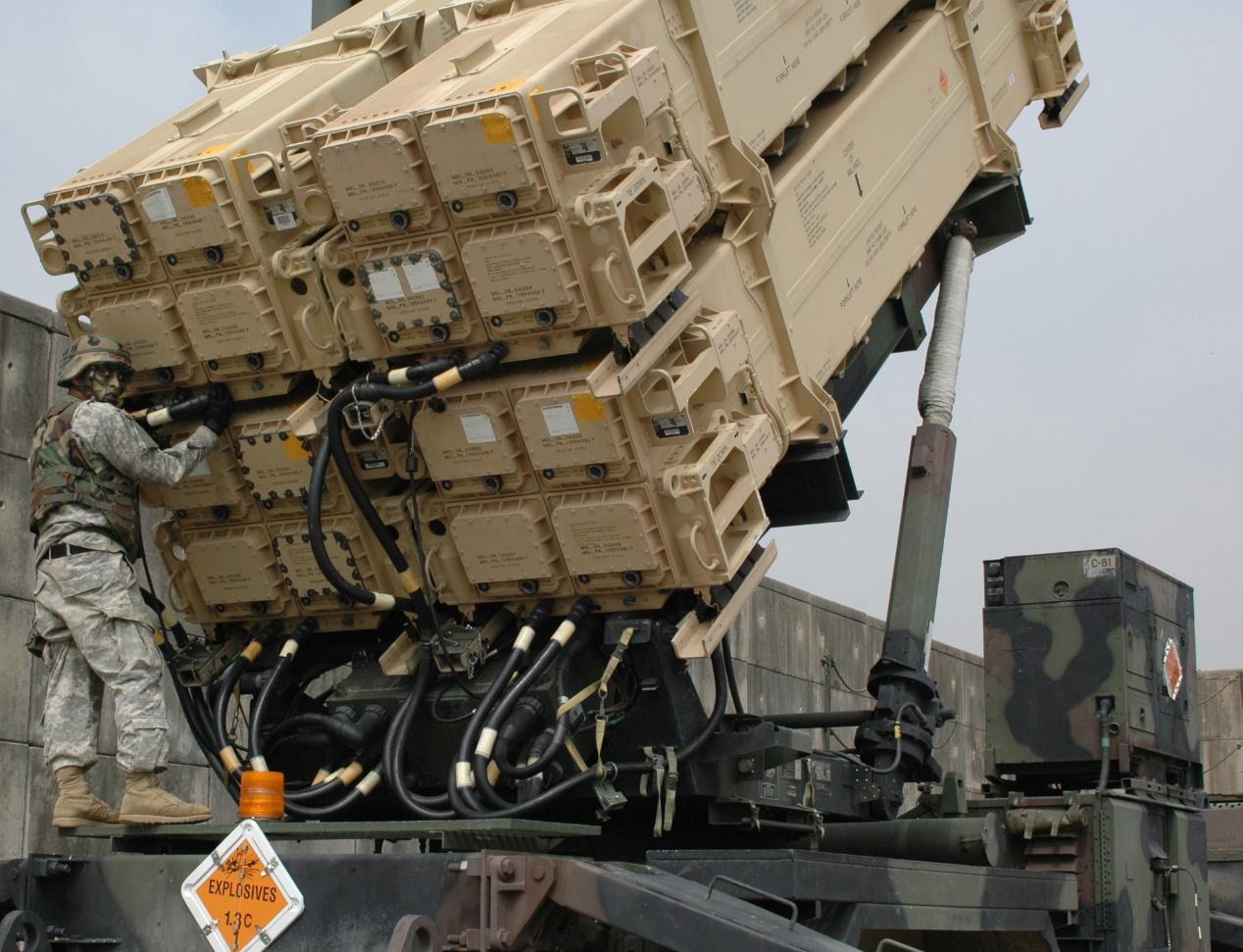 中东导弹泛滥俄罗斯虎视眈眈 爱国者3热销产量翻番