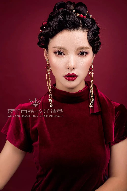 中式新娘妆容造型技法,朝代新娘妆发技法,妆容造型及饰品和整体搭配图片