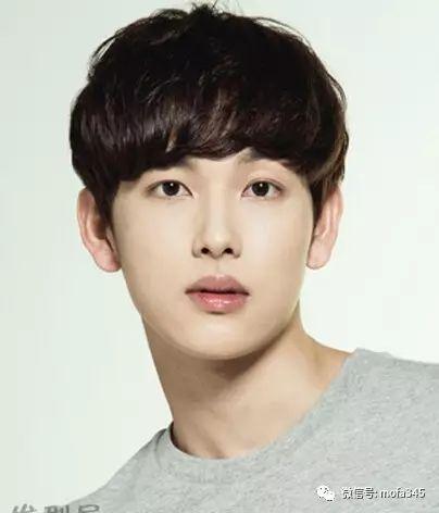 男生韩式短发流行趋势,十分显气质!图片