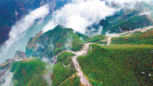 """大交通激活大旅游 看重庆巫山如何变""""金山银山"""""""
