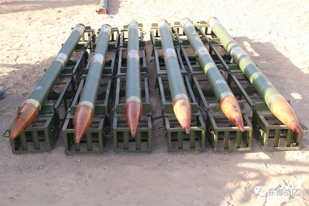 中国火箭炮可一次布雷240枚 现代还用人工布雷吗?