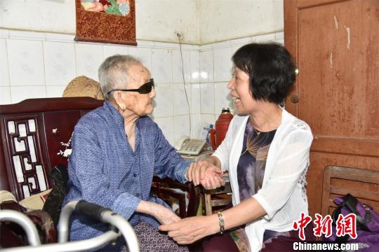 """""""世界长寿之乡""""花落肇庆鼎湖 全区90岁以上老人达616位"""