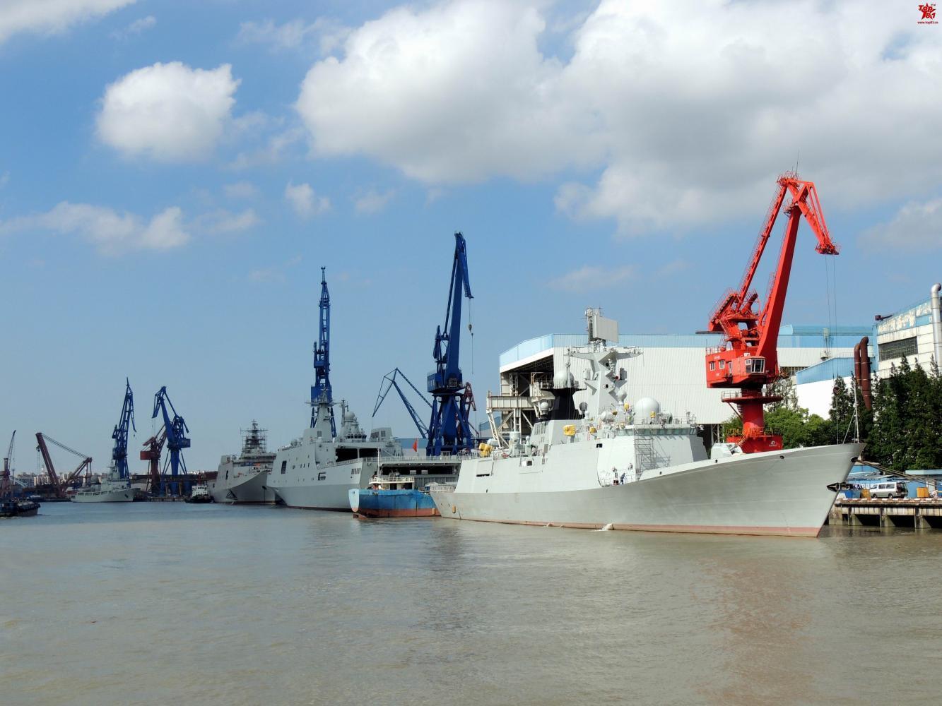 两艘改嫁海外的国产护卫舰加紧改装 看一眼少一眼