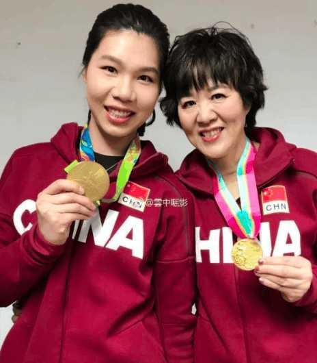 女排三朝元老亚运会复出渺茫!她在国家队扮演新角色